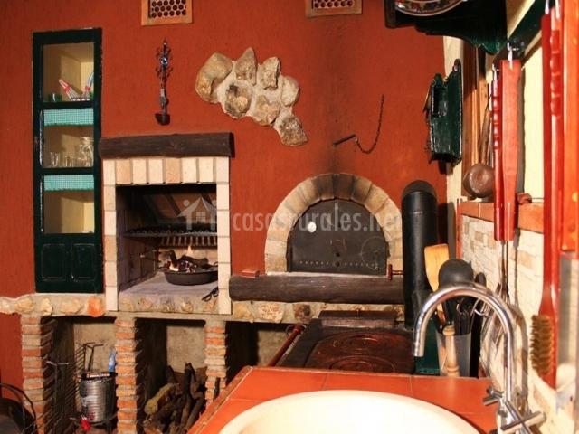 Casa rural aurora en carcabuey c rdoba - Cocinas con horno de lena ...