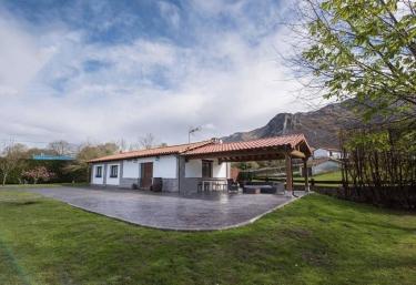 Villa El Tinganón - Soberron, Asturias