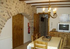 Arco de piedra en la cocina