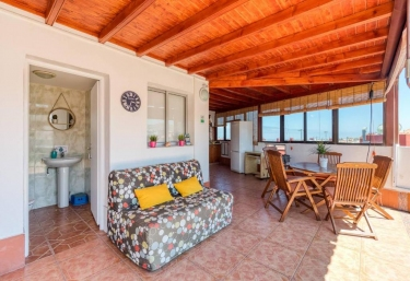 St. George's Guest House - Telde, Gran Canaria