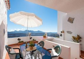 Cave House & Terrace - Living Artenara