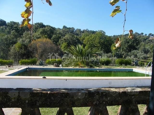 Alojamiento rural las corbachas en cazalla de la sierra - Alojamiento rural con piscina ...