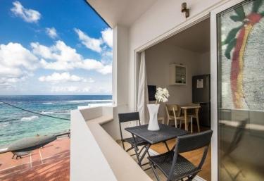 Apartment Azul Beach - Karika Casas - Las Palmas De Gran Canaria, Gran Canaria