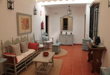 Apartamentos Peregrinos - El Rocio, Huelva