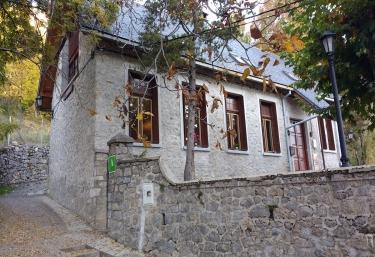 Albergue de Sin - Sin, Huesca