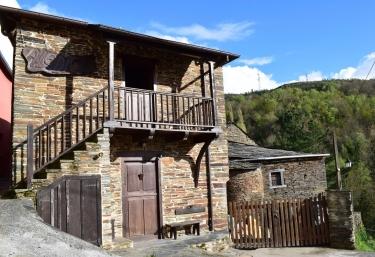 A Ledicia- Casas de Outeiro - Samos (Casco Urbano), Lugo