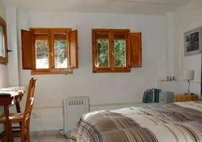 Dormitorio con espacio para 2