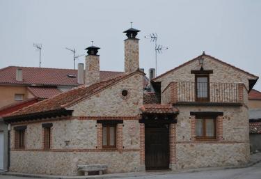 Abuela Dominga - Sanchonuño, Segovia