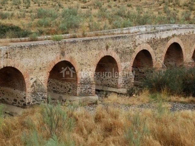Puente Romano Matrimonio : Casa rural morro escudero en garbayuela badajoz