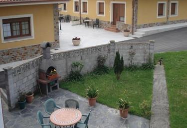 Apartamentos Casa Carín - Cadavedo, Asturias