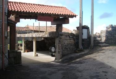 Casa Rural Dos Fuelles - A Mioteira (Montederramo), Orense