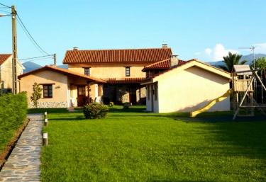 Casa Cuélebre - Oviñana (Cudillero), Asturias