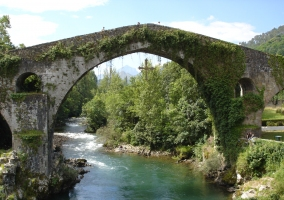 Famoso puente de Cangas de Onís