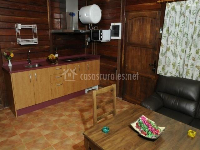 Caba as valle del cabriel en villatoya albacete for Cocina abierta sala de estar