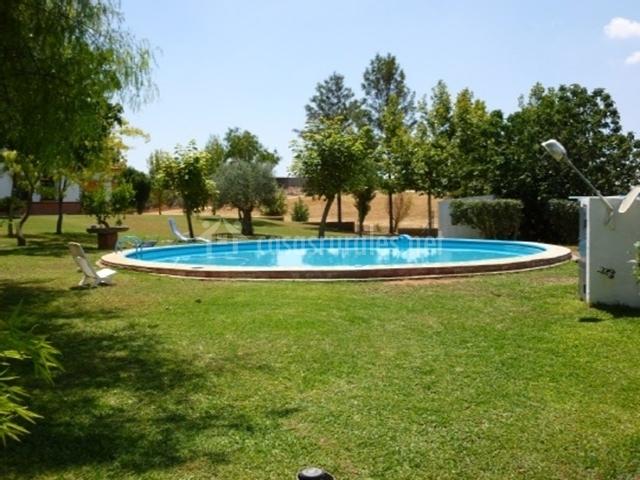 Hacienda la sendilla en mairena del alcor sevilla for Piscina mairena del alcor 2017