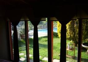 Vista del jardind desde un dormitorio