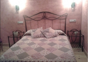 Habitación con cama de 1,50m