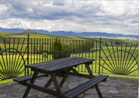 Terraza con vistas al Valle