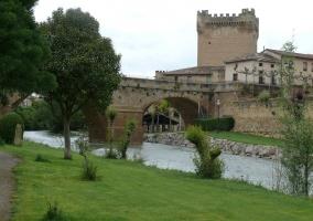Castillo de Cuzcurrita y Bodega