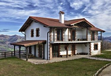 Behin Batean - Ziga, Navarre