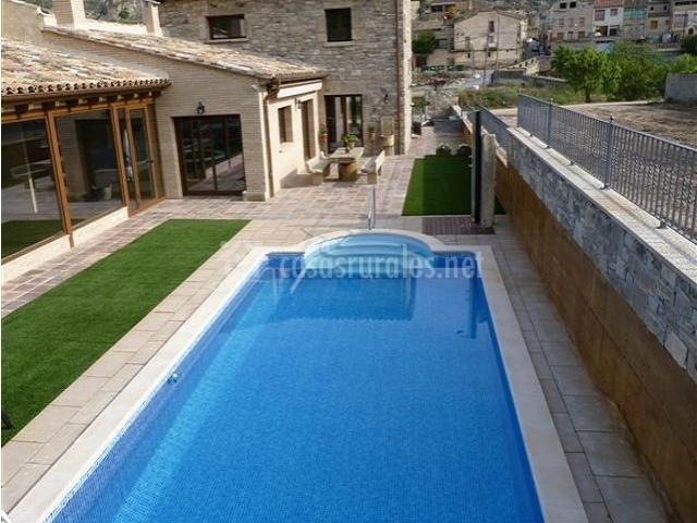 Ca l 39 anxica casas rurales en guimera lleida - Casas rurales lleida piscina ...