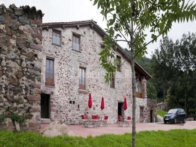 Vista exterior de la fachada del alojamiento