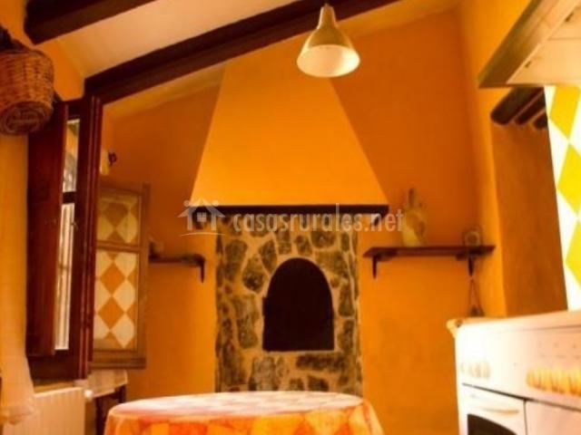 Cortijo las lorigas casas rurales en moratalla murcia - Cocina con horno de lena ...