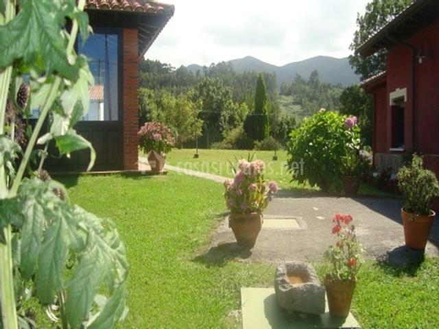 La posada d 39 sucau en villanueva de pria asturias for Posada el jardin
