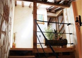 Piso de arriba con balcón interior