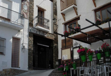 Casa Rosa - Trevelez, Granada