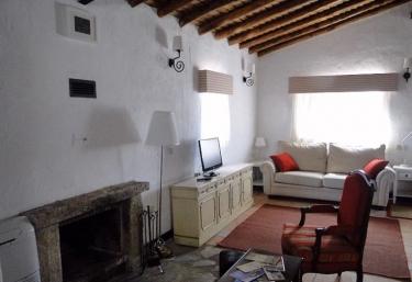 Casas Escobar Jerez- El Terrón - Valencia De Alcantara, Cáceres