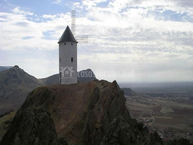 Molino en el cerro Rubio