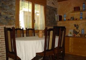 Sala de estar con comedor