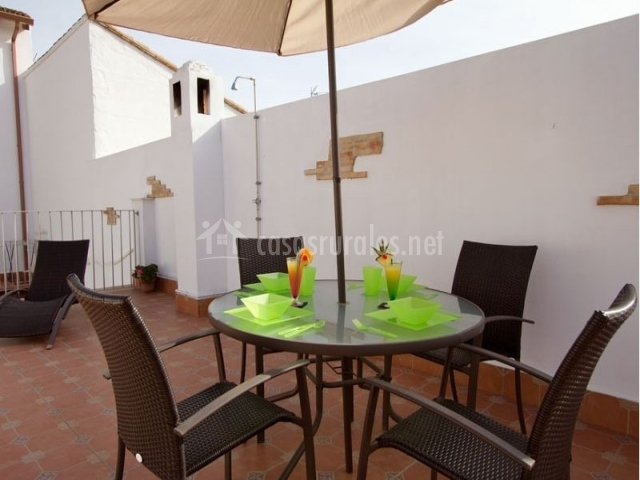 Casa frigols en chella valencia - Muebles terraza valencia ...