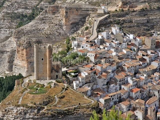 Casa castillo casa rural tornero en alcala del jucar albacete - Casas alcala del jucar ...