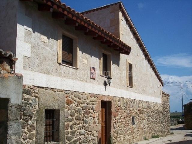Casas rurales farruco y luisa en palacios del arzobispo salamanca - Casas rurales en salamanca baratas ...