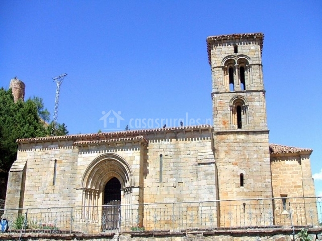 Iglesia de Santa Cecilia en Aguilar de Campoo