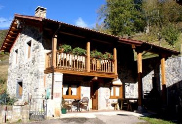 Casa Jamín - Oseja De Sajambre, León