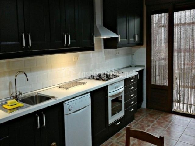 Cortijo alcibara en velez rubio almer a for Cocinas con salida al patio