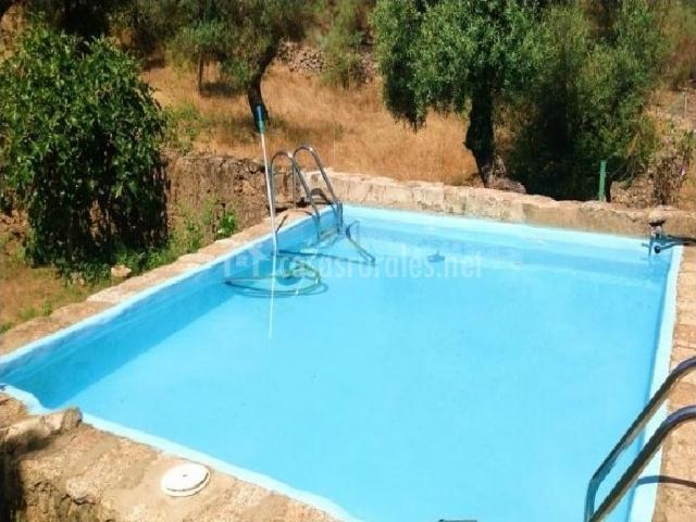 Casa rural el bujio en valencia de alcantara c ceres for Casas rurales en caceres con piscina