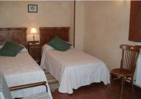 Dormitorio doble amplio con aseo integrado