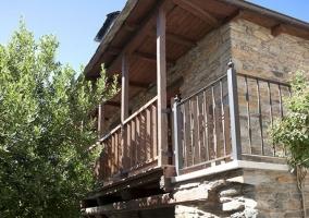 Fachada con balcón