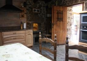 Puerta de acceso a la cocina