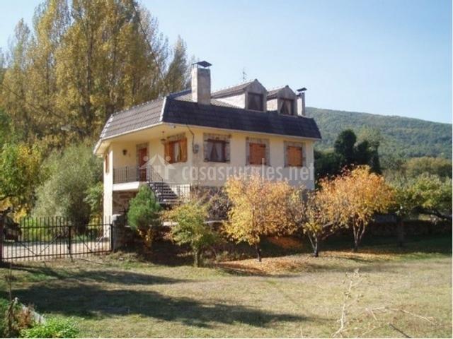 Casa Rural Río Omaña en Guisatecha (León)