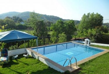 Casas rurales con piscina en sierra morena - Casa rural sierra morena ...