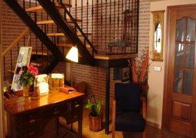 Escaleras de acceso a los dormitorios