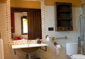 Dormitorio Alhambra con aseo adaptado