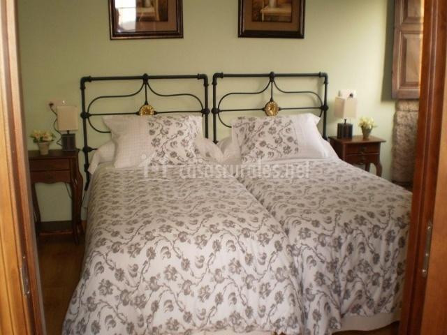 Casa de magina en fornelos de montes pontevedra - Dormitorio dos camas ...