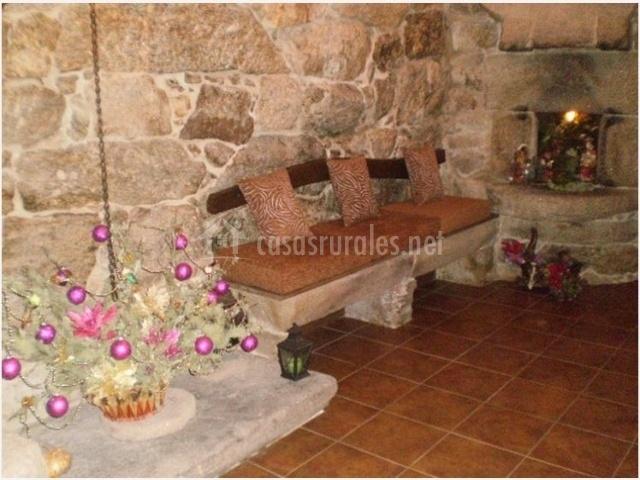 Casa de magina en fornelos de montes pontevedra for Patios de casas decorados con piedras