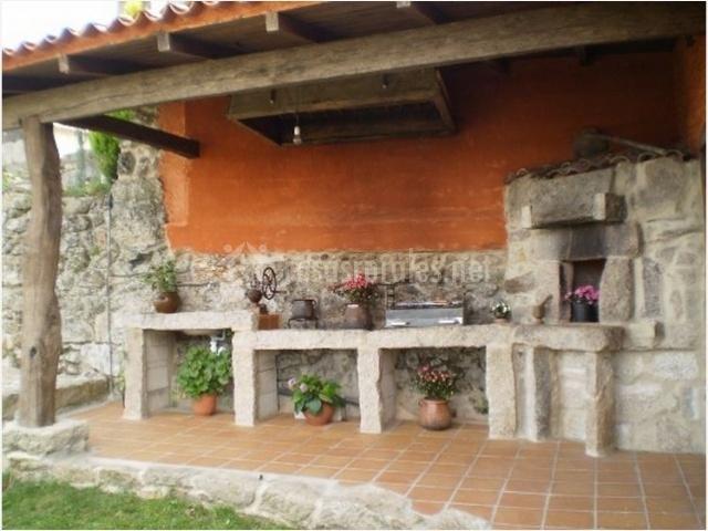 Casa de magina en fornelos de montes pontevedra - Porches con barbacoa ...